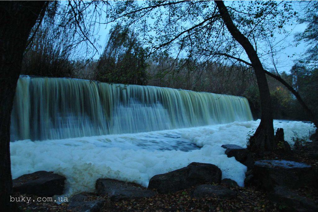Плотина Букской ГЭС, Букский каньон, Горный Тикыч