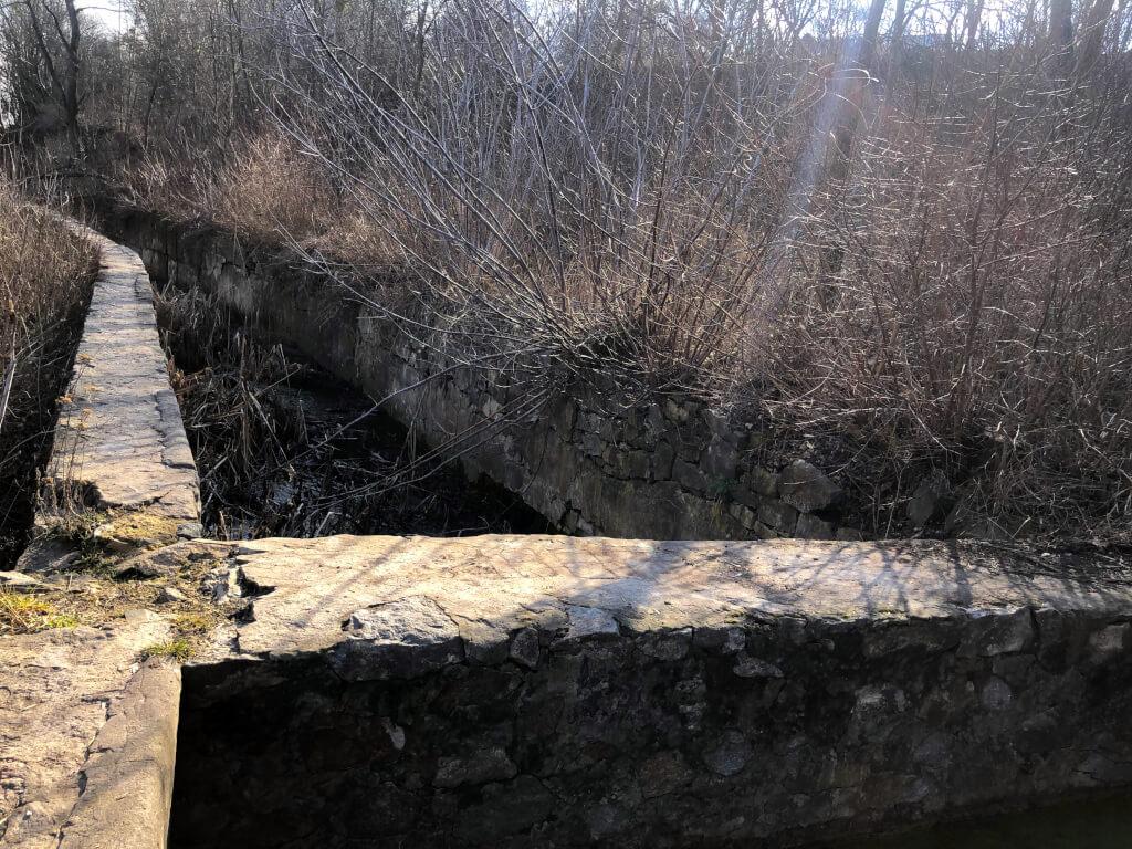 перегорода в лотоках буцької гес